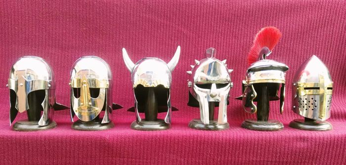 6 metal miniature helmets