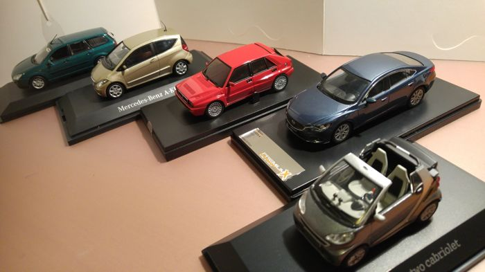 Divers - Scale 1/43 - Lot with 5 models: Smart Fortwo Cabriolet, Mazda 6, Ford Focus Combi, Lancia Delta & Mercedes-Benz A Klasse