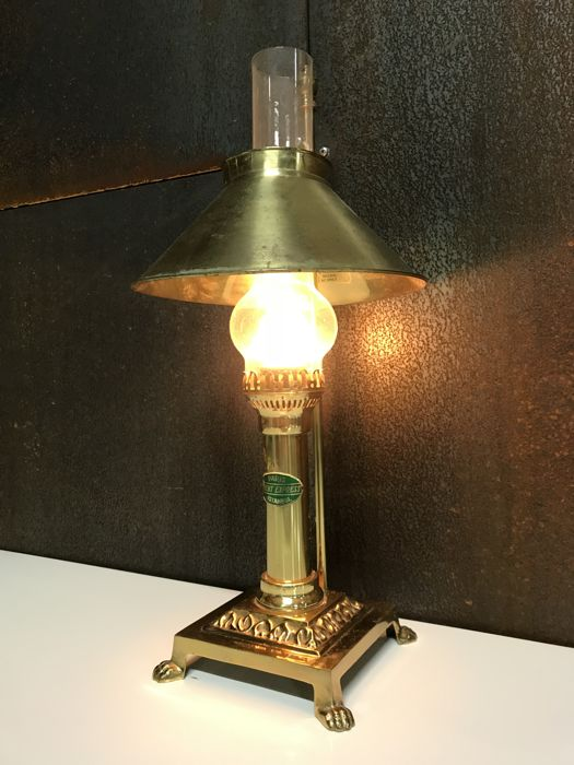 orient express brass table lamp oriental style orient. Black Bedroom Furniture Sets. Home Design Ideas