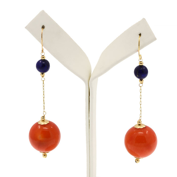 18k/750 yellow gold earrings with coral and lapis lazuli - Length: 60 mm.
