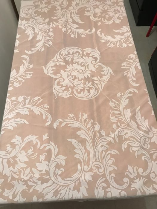 Beautiful vintage tablecloth with his original box - TRIOMPHE - Openwork - and its 6 serviettes