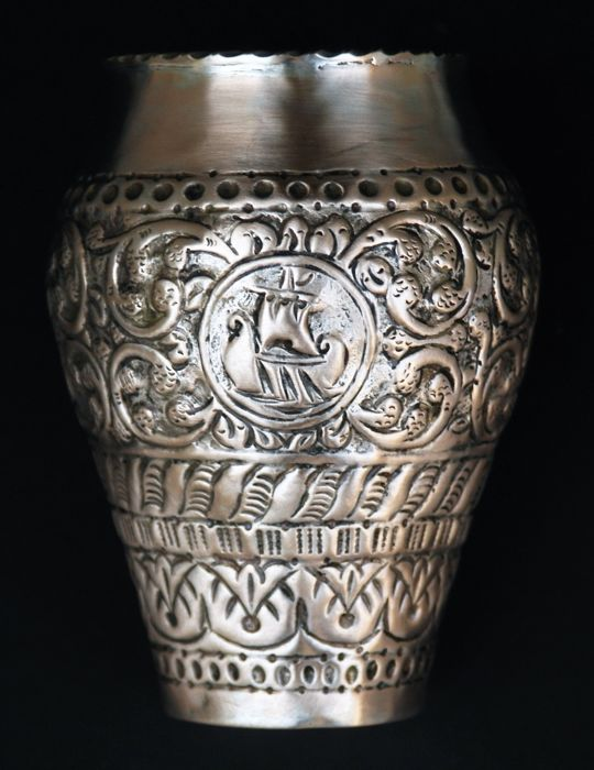 An Exceptional Antique Silver Vase, Aegean Islands, 2nd half of 18th century