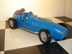 Decorative large model classic racing car from the 1930s/1940s