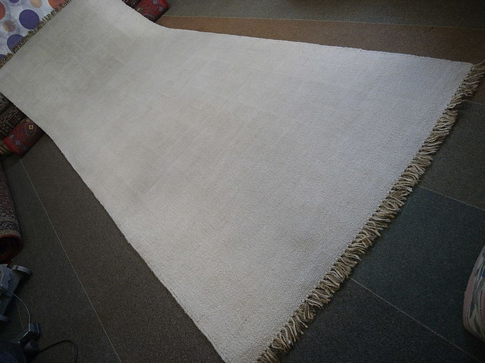 A beautiful double-sided kilim - 400 x 145