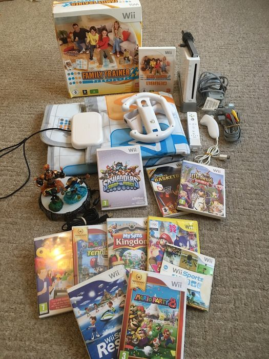 Nintendo Wii Console + Motion Plus Controller + Skylanders + Dance Mat + 11 Massive Games inc Mario Party 8, Wii Sports Resort + Lots More