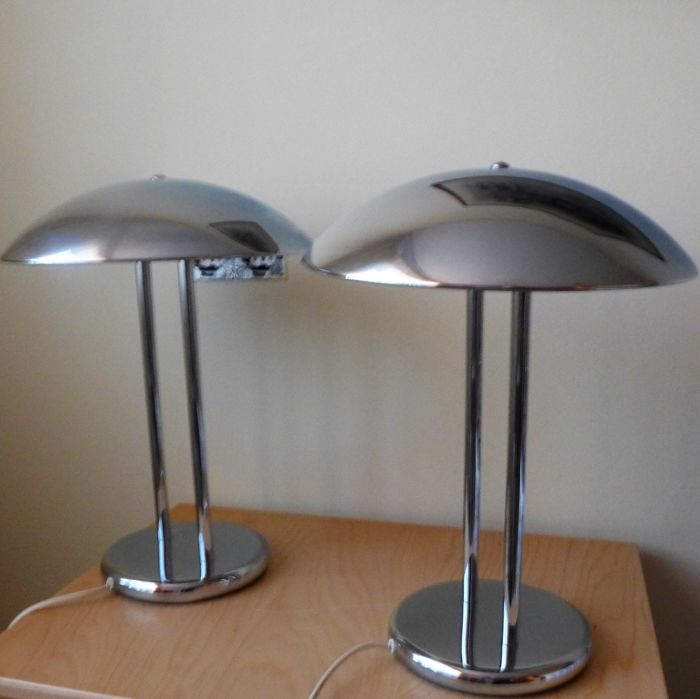 Unknown make - Two vintage chrome plated Mushroom Art Deco style lamps