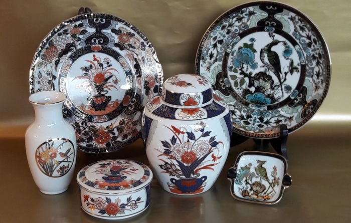 Collection of vintage Imari porcelain