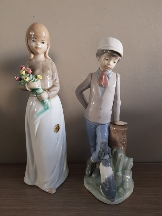 Porcelain girl with flowers Mirete / Lladro Nao boy with dog porcelain figurine - Made in Spain