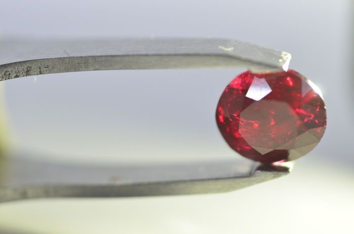 Ruby Dark Red - 1.93 ct