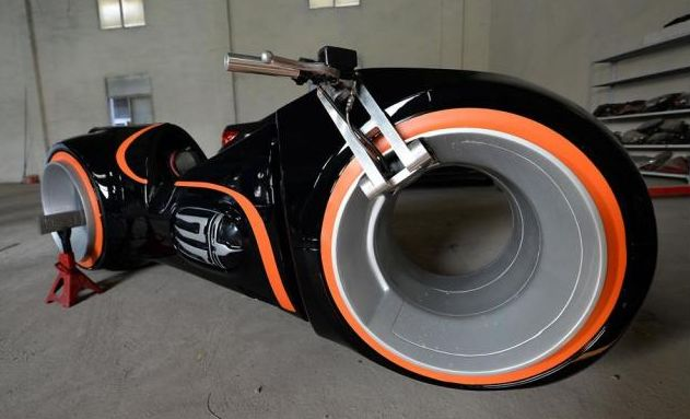 Evolve Motorcycles - Electric Motorcycle - Tron: Legacy Lightbike - 2015
