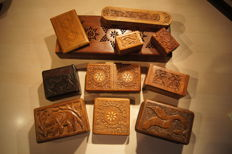 Beautiful collection of 11 finished cases/boxes, very beautifully finished, different (wood) types of boxes