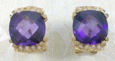Yellow gold 18 kt earrings. with Amethysts of 7.50 ct