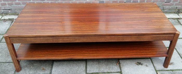 Producer unknown - Palissander coffee table with pentagonal legs