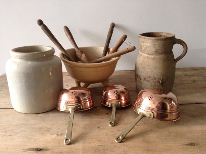 A lot of antique French kitchenware in pottery copper wood & A lot of antique French kitchenware in pottery copper wood - Catawiki