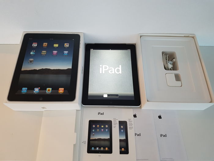 Apple Ipad 1e generation 64GB Wifi and 3G in original box.