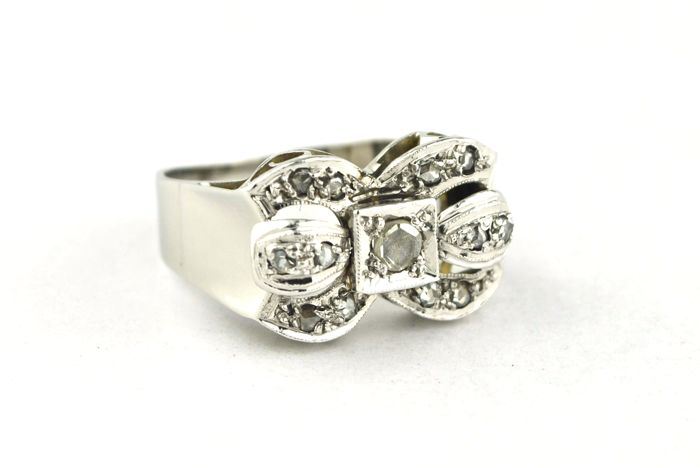 Exclusive Diamond (tot. +/-0.35ct) Antique Tank Ring 18k White Gold - E.U Size 54 *Re-sizable