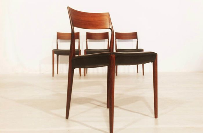 Cor Bontenbal For Fristho   4 EJ Rosewood Chairs