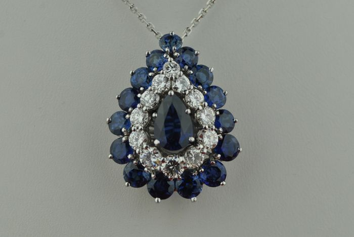 Exclusive Pendant with  Pear-shaped Sapphire + 15 Sapphires & Diamond Pendant Piece- (+/- 2.20CT Color GH /Purity VS2) 18K White Gold