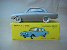 Dinky Toys-France - Scale 1/43 - Ford Taunus 17M # 559