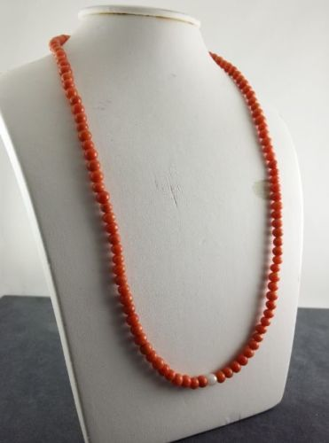 Red coral necklace with a mother-of-pearl pearl - approx. 56 cm long
