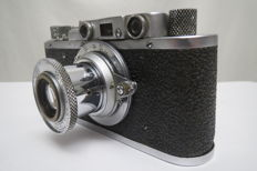 "The very first ""FED"". With the inscription factory FEDZHERZHINSKOGO.№320630.Prototype of ""Leica II""."
