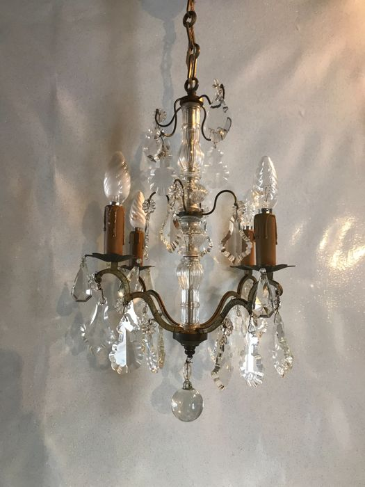 Gilded bronze chandelier with crystal pendants - Glass body - 1950 - France