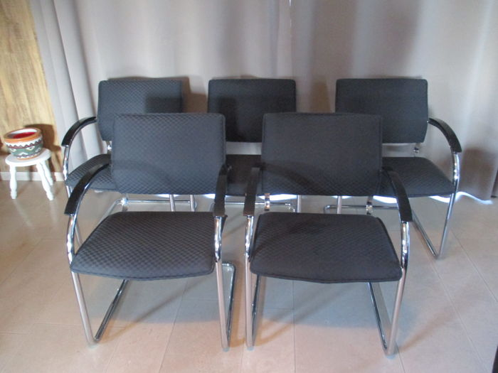 Thonet - 5 stoelen, model S73