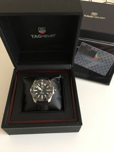 TAG Heuer -  Men's Aquaracer Cloth Band Steel Case Automatic  - WAY211A  - Homme - 2011-aujourd'hui
