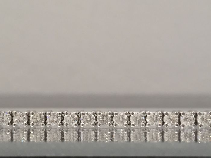 Tennis bracelet with 4.25 ct diamonds, G/VS, size 18.5