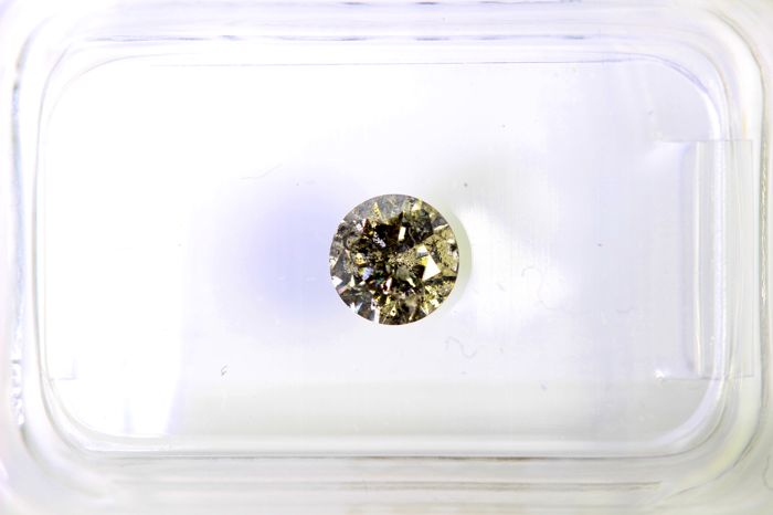 AIG Diamant – 0.48 ct – Yellowish Gray ,  I1  – No Reserve Price