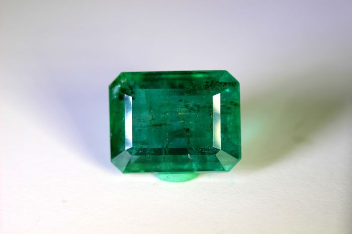 Green Emerald - 15.90 ct