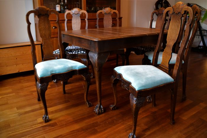 Queen Ann style oak chairs and mahogany dining table - 2nd half of 19th  century - Catawiki