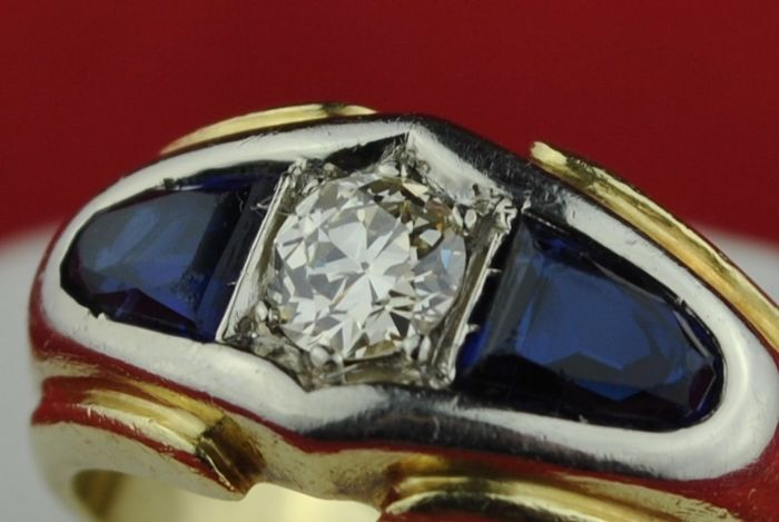 Art Deco Diamond & Sapphire ring set in 18k Bi-colour gold