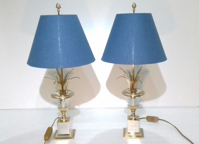 Boulanger Reed - pair of Lamps.