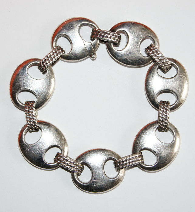 Hermès - Silver bracelet, coffee bean links
