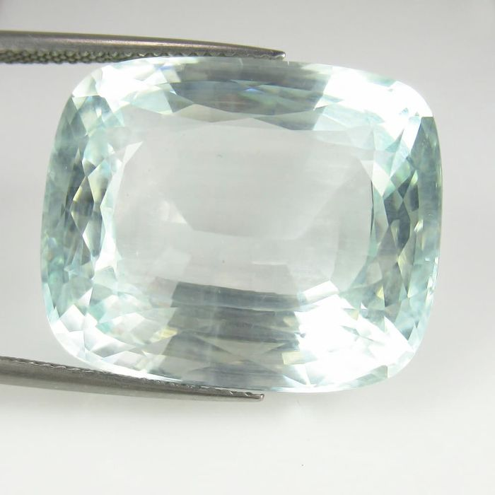 Aquamarine - 41.63 ct