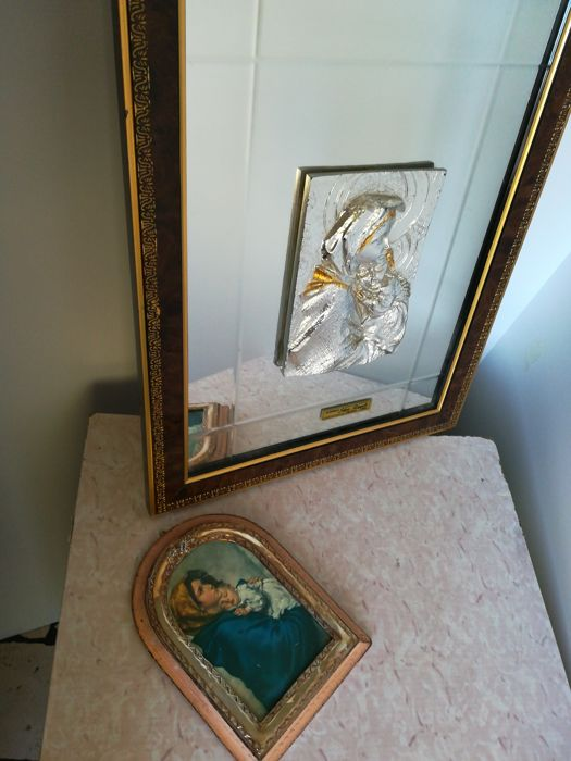 Picture of a Madonna with Jesus - author Silvio Zippoli - and a picture of a Madonna with Jesus in a 925 laminated silver frame
