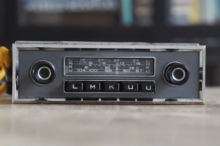 blaupunkt frankfurt classic car radio with nadelstreifen. Black Bedroom Furniture Sets. Home Design Ideas