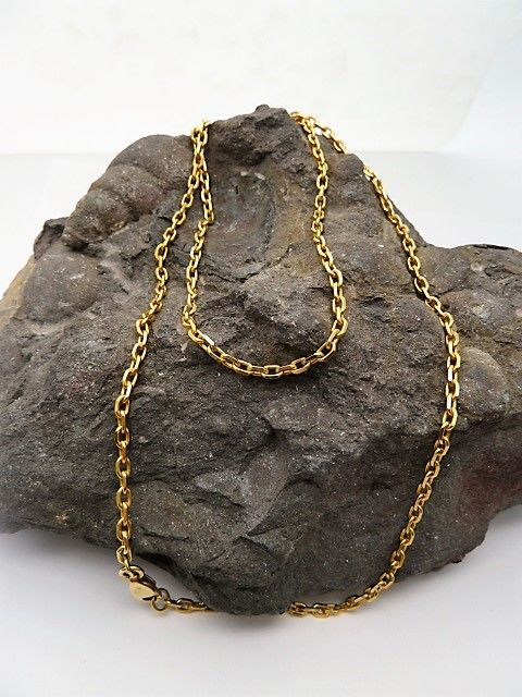 Long 18 kt gold chain – 62 cm