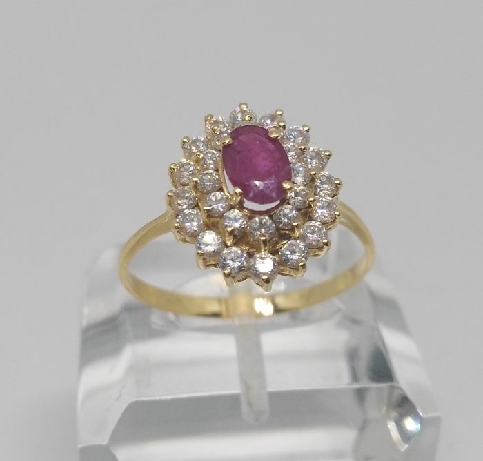 cocktail ring of 18 kt yellow gold - natural ruby and zirconias - interior measurement 19 mm