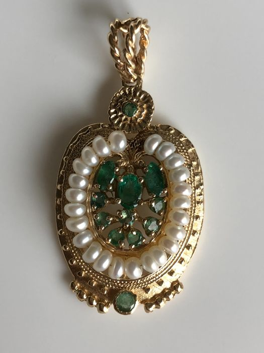 Antique pendant with pearls and 1.45 total carats of Colombian emeralds, handmade in Italy - Low Reserve -