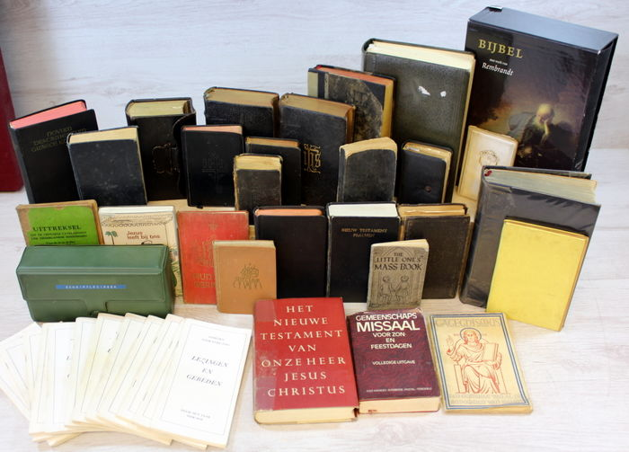 Collection of church booklets and bibles 28 x