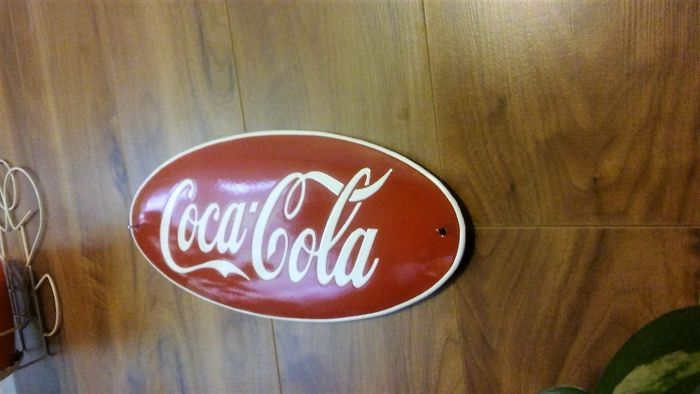 2x COCA COLA porcelain enamel. Editing United States of America. Very well maintained.