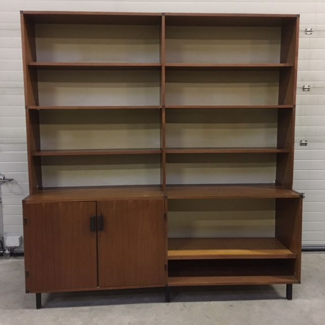Cees Braakman for Pastoe - Wall cupboard with bookshelves and a two-door cabinet