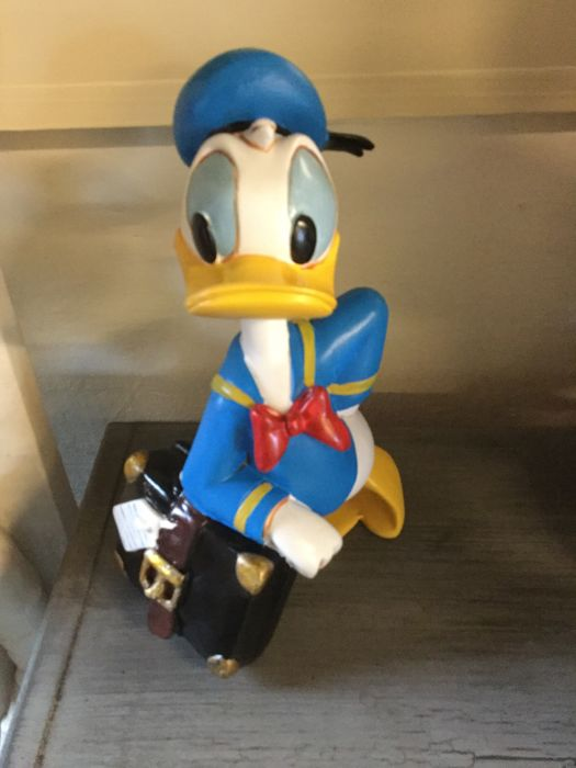 Disney - Figure - Donald Duck with suitcase