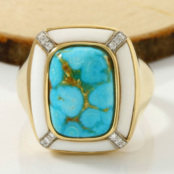14 kt Yellow Gold Turquoise, White Agate and 0.15 ct H-I, SI1-SI2 Diamond Ring; Size: 10