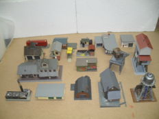 Faller, Pola, Vollmer H0 - Scenery - Party with business and station buildings