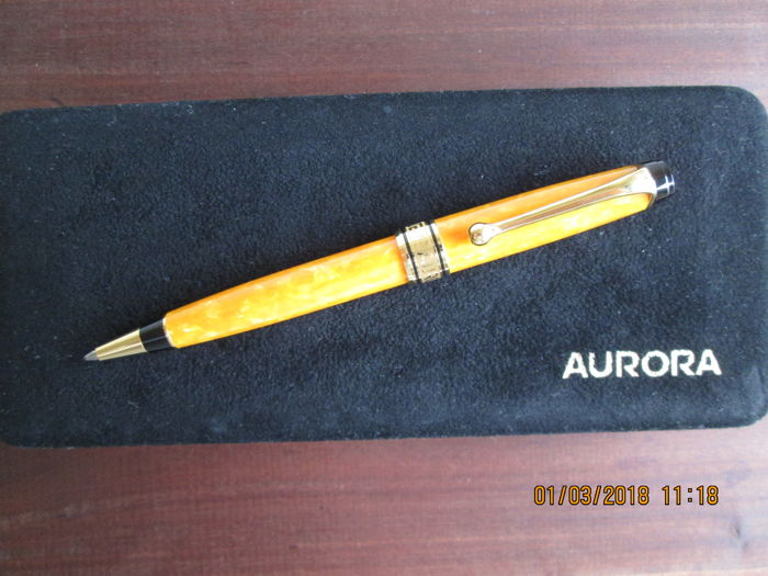 Aurora Sole number 4601 ballpoint pen