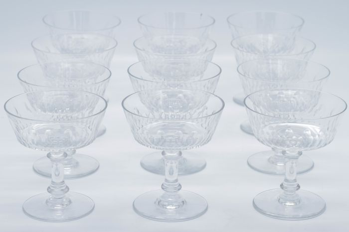 Baccarat 12 Champagne Glasses In Finely Chiselled Crystal