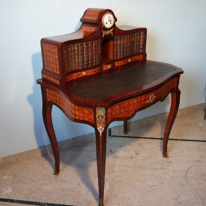 Bureau de dame in Louis XV style with inlays and clock - France - late 19th century